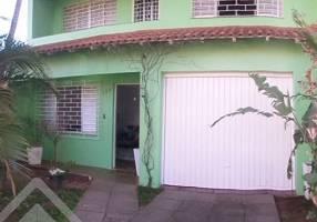 Casa com 3 Quartos à venda, 160m²