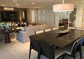 Apartamento com 4 Quartos à venda, 297m²