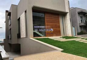 Casa com 4 Quartos à venda, 575m²