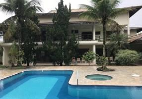 Casa com 5 Quartos para venda ou aluguel, 837m²