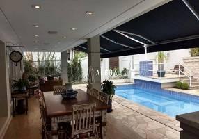 Casa de Condomínio com 4 Quartos à venda, 520m²