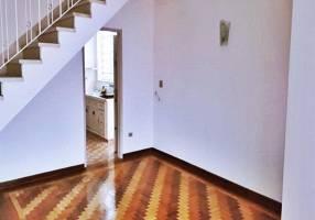 Casa com 3 Quartos à venda, 206m²
