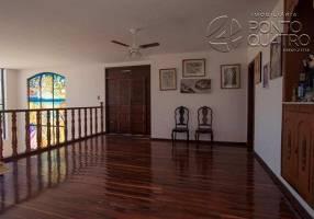 Casa com 8 Quartos para venda ou aluguel, 700m²