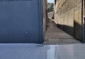 Galpão/Depósito/Armazém para venda ou aluguel, 695m²