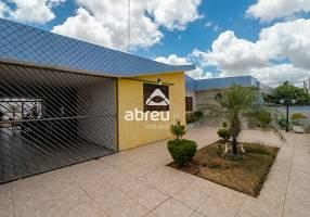 Casa com 4 Quartos à venda, 223m²