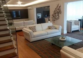 Cobertura com 4 Quartos para venda ou aluguel, 512m²
