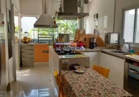 Casa com 4 Quartos à venda, 387m²