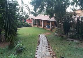 Chácara com 5 Quartos à venda, 320m²