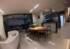 Apartamento com 3 Quartos à venda, 135m²