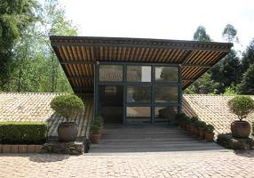 Casa com 3 Quartos para venda ou aluguel, 700m²