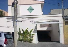 Casa com 3 Quartos à venda, 83m²