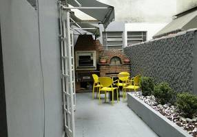 Apartamento com 2 Quartos à venda, 142m²