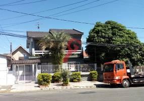 Casa com 5 Quartos à venda, 120m²