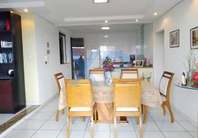 Casa com 4 Quartos à venda, 318m²