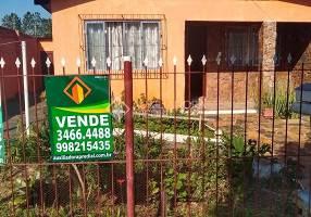 Casa com 2 Quartos à venda, 98m²