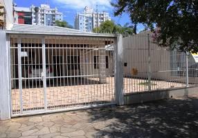 Casa com 2 Quartos à venda, 204m²