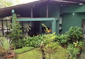 Casa de Condomínio com 3 Quartos para venda ou aluguel, 400m²