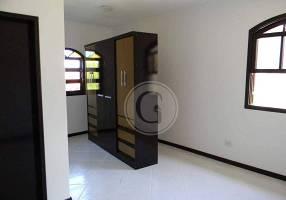 Casa com 3 Quartos à venda, 268m²
