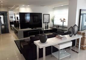 Apartamento com 3 Quartos à venda, 244m²