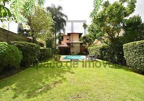 Casa com 3 Quartos à venda, 450m²