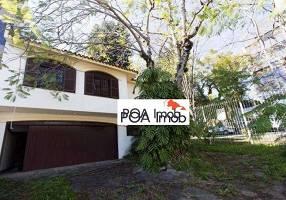 Casa de Condomínio com 3 Quartos para alugar, 240m²