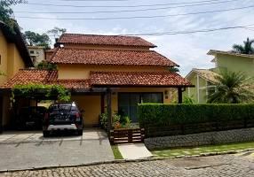 Casa de Condomínio com 5 Quartos à venda, 250m²