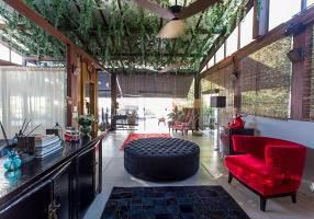 Casa com 4 Quartos para venda ou aluguel, 655m²