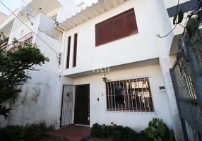 Casa com 3 Quartos à venda, 122m²