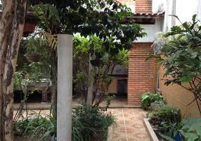 Casa com 3 Quartos à venda, 274m²
