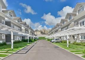 Casa de Condomínio com 3 Quartos à venda, 196m²