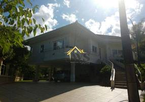 Casa com 3 Quartos à venda, 224m²