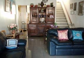 Casa com 2 Quartos para venda ou aluguel, 160m²
