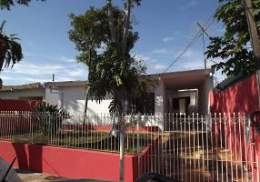 Casa com 5 Quartos à venda, 210m²