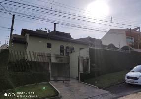 Casa com 4 Quartos à venda, 320m²