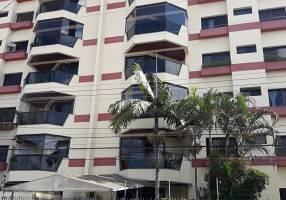 Apartamento com 3 Quartos à venda, 136m²