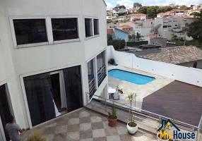 Casa com 6 Quartos para venda ou aluguel, 750m²