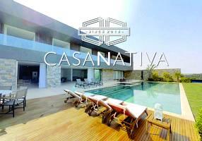 Casa de Condomínio com 6 Quartos para alugar, 1300m²
