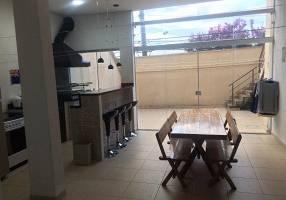 Casa com 3 Quartos à venda, 285m²