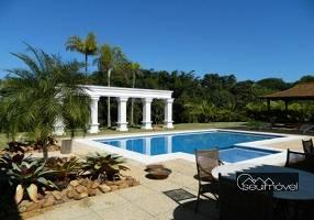 Casa de Condomínio com 6 Quartos à venda, 845m²