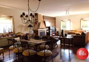 Casa com 3 Quartos à venda, 210m²