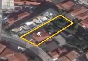 Casa com 2 Quartos à venda, 247m²