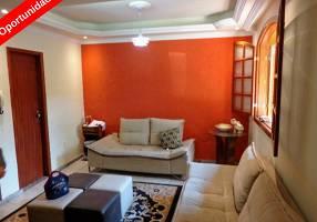 Casa com 3 Quartos à venda, 105m²