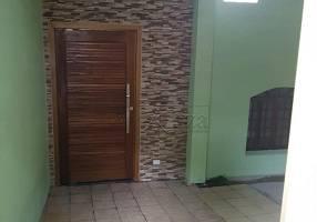 Casa com 3 Quartos para alugar, 240m²