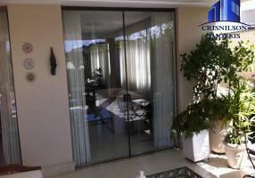 Casa de Condomínio com 4 Quartos à venda, 340m²