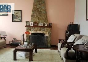 Casa com 5 Quartos à venda, 270m²