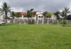 Casa com 14 Quartos à venda, 1386m²