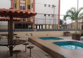 Apartamento com 3 Quartos para alugar, 64m²