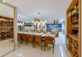 Apartamento com 4 Quartos à venda, 135m²