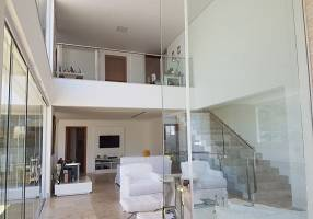 Casa com 4 Quartos à venda, 600m²