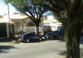 Casa com 3 Quartos à venda, 140m²